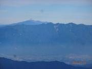 山頂から中央アルプス群と御嶽眺望