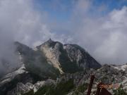 観音岳から眺める地蔵岳とオベリスク