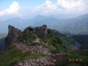 登坂道から弥陀ヶ池、菅沼、丸沼を眺望
