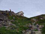白馬岳頂上宿舎。でも頂上まではマダマダ