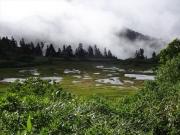 高谷地ヒュッテと池塘群