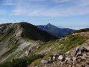 三俣蓮華岳山頂から笠ヶ岳への縦走路