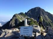 前剣から剱岳山頂を眺望