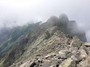 奥穂手前からジャンダルム稜線眺望