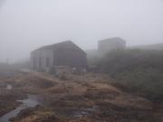霧の中の河原宿