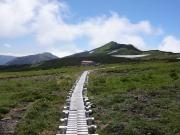 五色ヶ原山荘と更に続く縦走路
