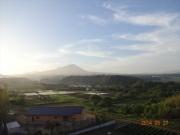 宿から眺める早朝の大山