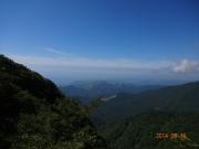 万二郎岳から南方を眺望