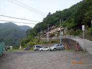 鴨沢に駐車して脇道から入山