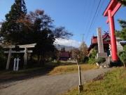 登山道入口の赤倉山神社