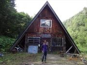 新冠ポロシリ山荘前で記念撮影