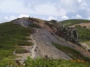 本白根山への道